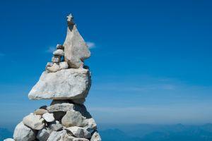 Balancing rock piles